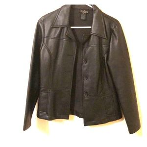 Vintage Faux leather jacket sz medium
